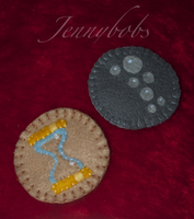mlp Dr whooves - Derpy felt brooches by Blindfaith-boo