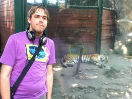 Day at the Zoo: Me with the Tiger by SithVampireMaster27