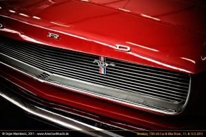 Ford Mustang Grille by AmericanMuscle