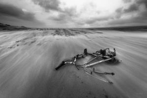 Broken And Forgotten by lomatic