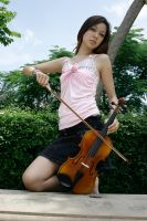 violist 2 by princesslelen
