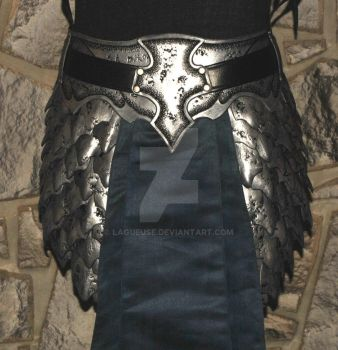 elven leather  belt armor scales by Lagueuse