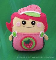 Berry Pouchy Pal by PouchyPals