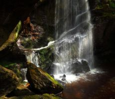 Roughting Linn Waterfall by scotto