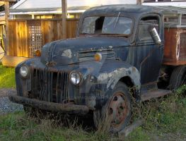 Old Ford by sscarpaci