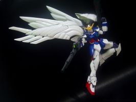 Wing Gundam Zero (Endless Waltz) 3 by covenan