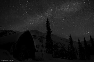 Night in the mountains by Seanstdenis