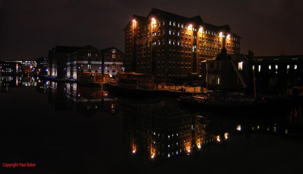 Gloucester Docks at Night by ogrebear