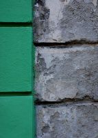 Green and concrete by Saradesbois