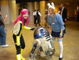 Pixie and Fiona with R2D2 by EmilyScissorhands