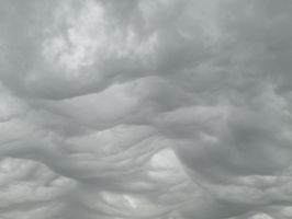 clouds28 by Dl2a6on