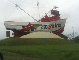 The Boat that stands on the ground by Crossing-Borders