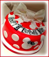 Minnie Mouse Cake by gertygetsgangster