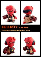 Hellboy Munny by FlyingSciurus