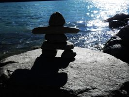Inukshuk by SugoiMe