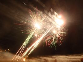 New Years Eve Fireworks by RubyReminiscence