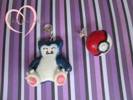 Commission:- Snorlax Charm by ilikeshiniesfakery