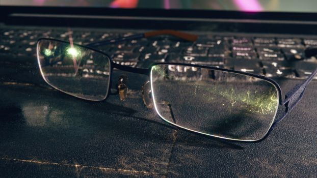 Realistic Glasses by AbdouBouam