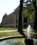 Fountain besides Petit Palais by EUtouring
