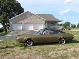 Oldsmobile 442 Gold by devianb