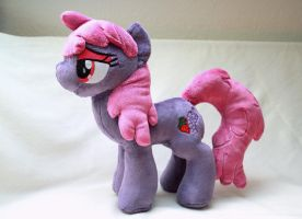 Berry Punch Plush by Fafatacle