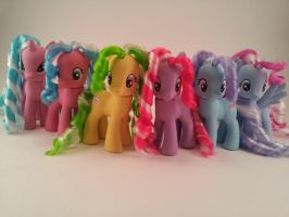 G4 Candy Cane ponies - customs by hannaliten
