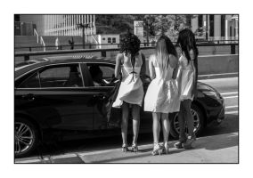 3 Girls in White by pubculture