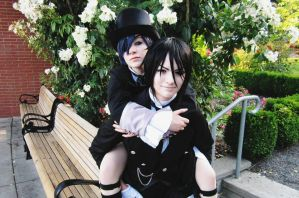 A piggyback ride for the young master by Catchmewithyourlips