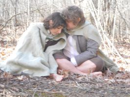 Warmth- Lord of the Rings Cosplay by lilmirokufangirl