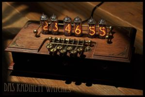 Steampunk Nixie Clock ~Timewriter~ by DasKabinettWatches