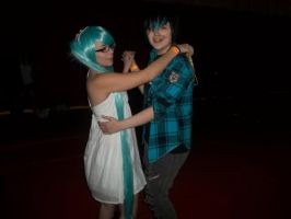 Miku and Starfighter Cain by PockyBoxxProductions