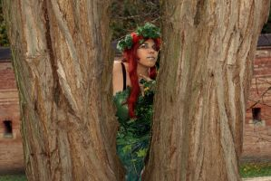 Poison Ivy - Between my Brothers by LeadingPlantLady