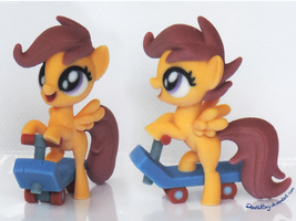 Scoot Scoot by DeathPwny