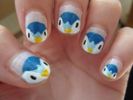Pengiun nails by luminousleopard
