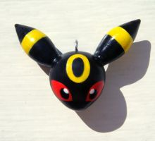 Umbreon Charm by caffwin