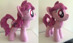 berry punch plushie by Plushypuppystudio