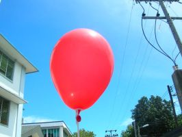 Here it is, a red balloon... by Sanguijuela