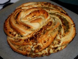 Another Pesto Swirl Bread by foquinha156