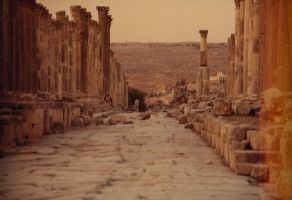 Jerash Market Street by lilstiffy
