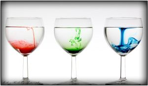 To Dye A Glass by HoZy