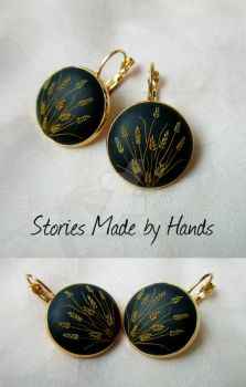 Sunny Gold Field of Wheat Gold Black Earrings by LenaHandmadeJewelry