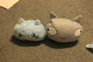 Kitty Head Plushie and Derp Face CatHead by SmilehKitteh