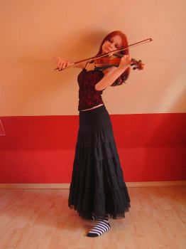 violinist 5 by liam-stock