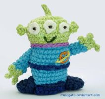 Toy Alien Amigurumi by musogato