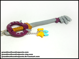 Jungle King Keyblade Necklace by GrandmaThunderpants
