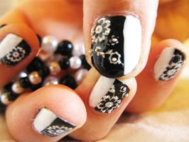 W7 - Beads Flower Nails by oMARUo