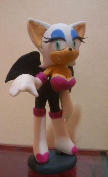 Rouge the bat by bupiti