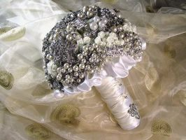 Brooch Bouquet by Platycerium