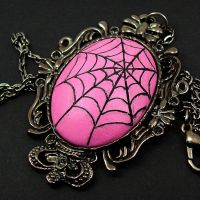 Spiders Web Necklace in pink by beatblack
