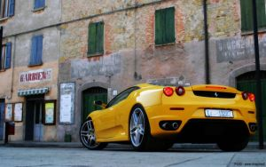 Ferrari F430 by awe-inspired